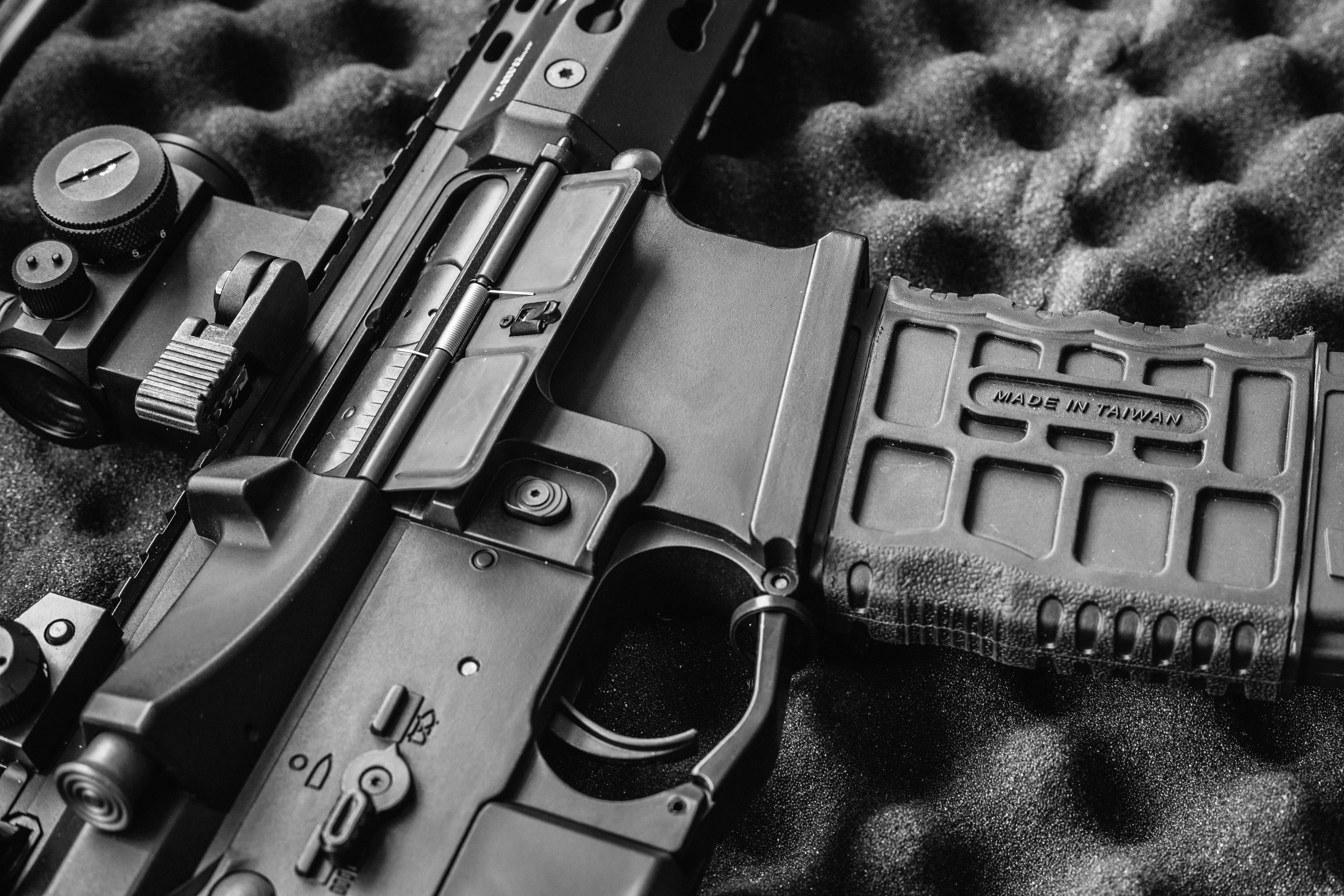 Smith & Wesson v Stephen Webster
